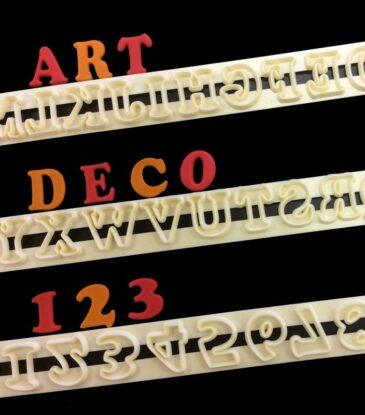 Ausstecher-Set Alphabet Grossbuchstaben & Zahlen, Art Deco